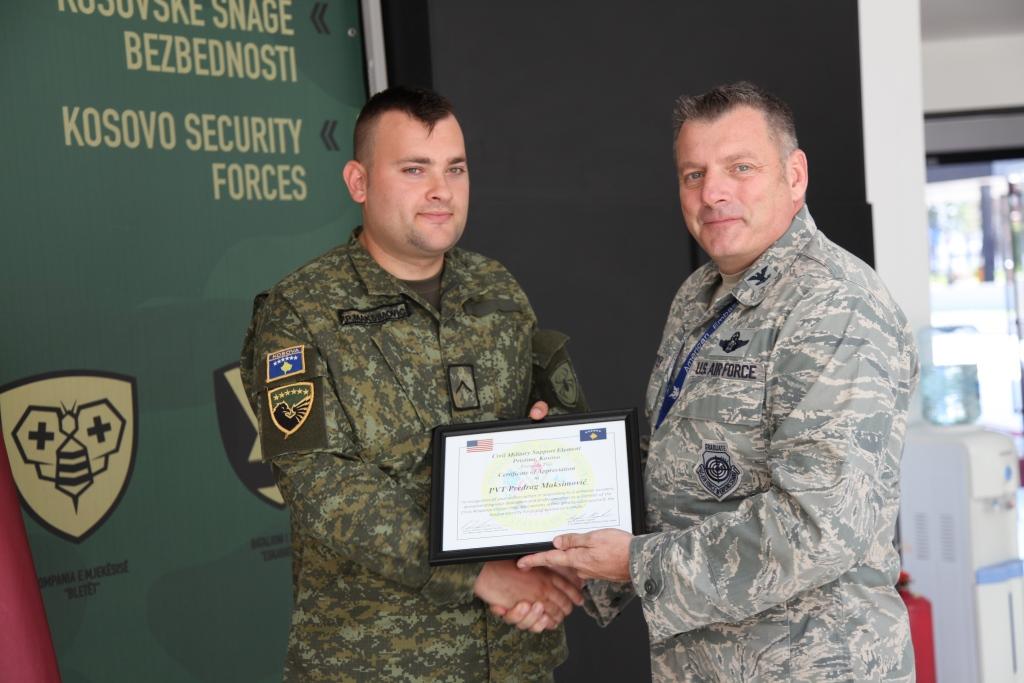 Ambasada Amerikane ndan mirënjohje për pjesëtarët e FSK-së