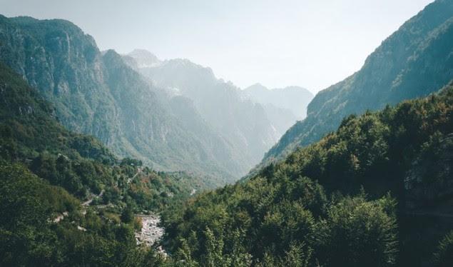 HLN: Shqipëria mes nëntë destinacioneve përrallore 2019