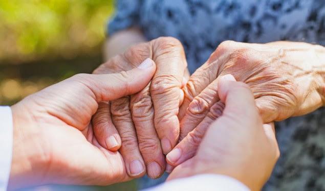 Proteinat e dëmshme në zorrën qorre shkaktojnë sëmundjen e Parkinsonit