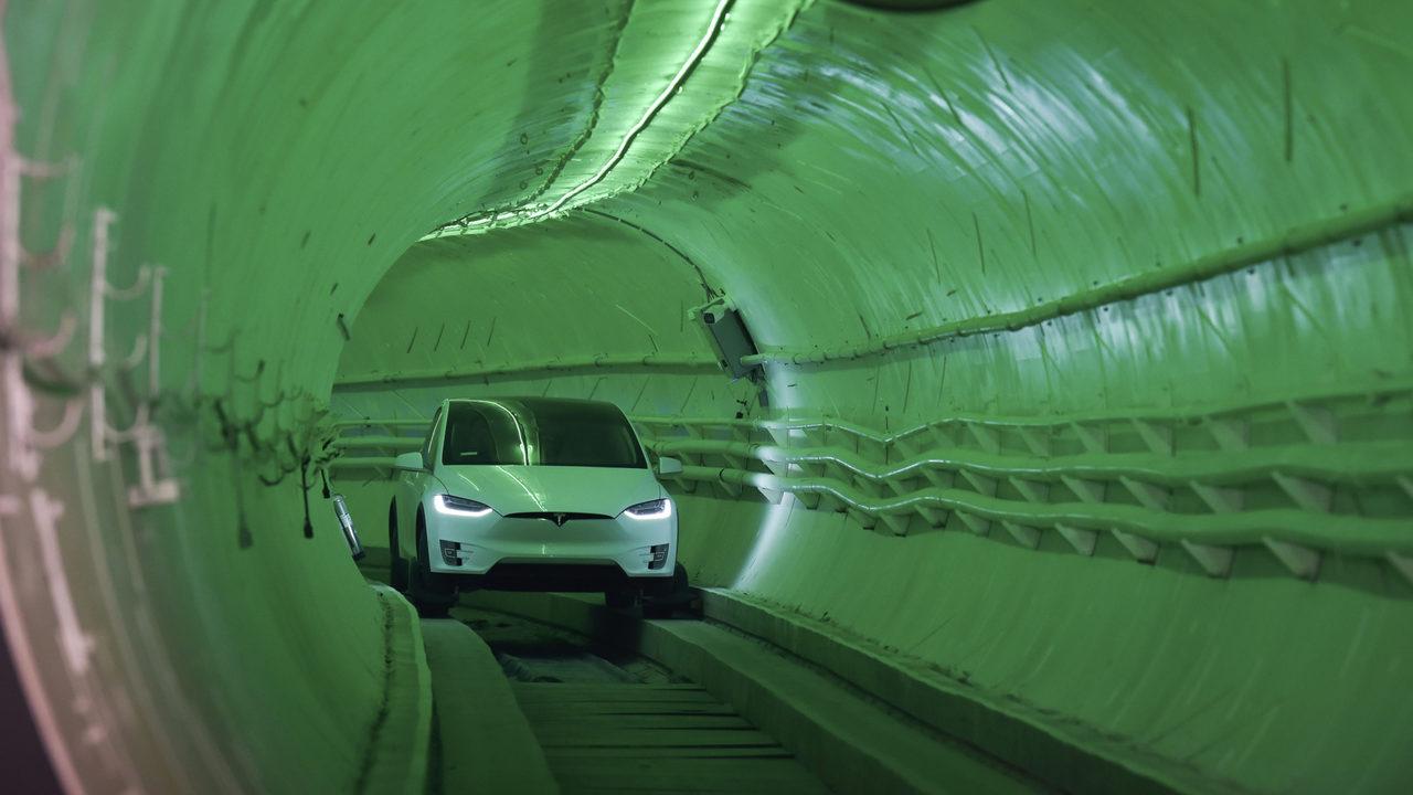 Elon Musk: Do ta mund trafikun shkatërrues të Los Angeles