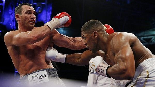 Klitschko po mendon kthimin në ring – Kërkon 'rematch' kundër Joshuas dhe Furyt