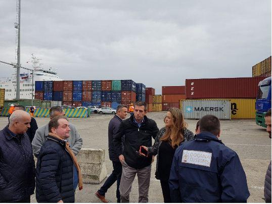 Përfitimet dhe lehtësimet që do i sjellë vendosja e Doganës së Kosovës në Portin e Durrësit