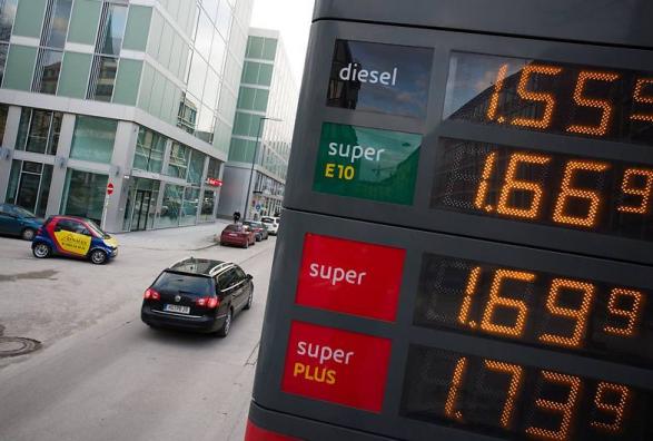Benzina më shtrenjtë në Shqipëri se sa në Zvicër