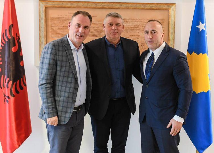 Haradinaj e Limaj presin në Qeveri bashkëluftëtarin Sylejman Selimi