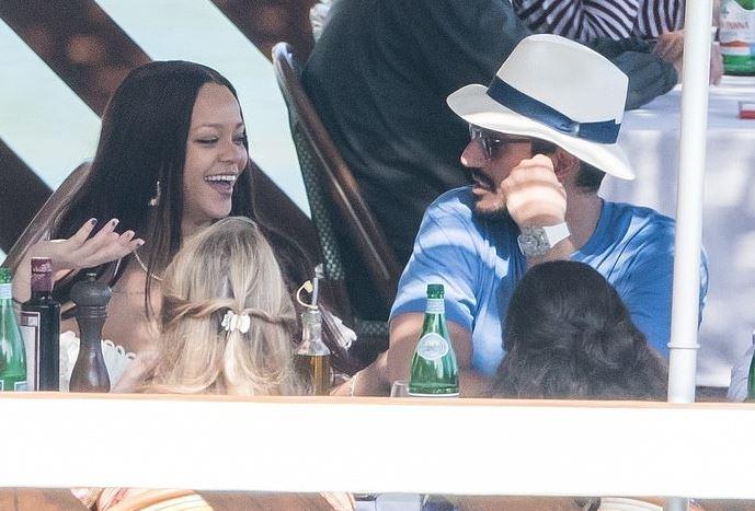 Image result for Rihanna kthehet nga pushimet romantike me të dashurin