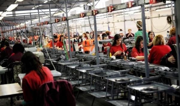 """""""Solid"""" hap fabrikë në Dragash, kërkon 90 punëtore"""