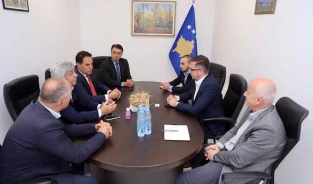Prodhuesit morën përkrahjen e ministrit Mustafa për rimëkëmbjen e sektorit prodhues e përpunues