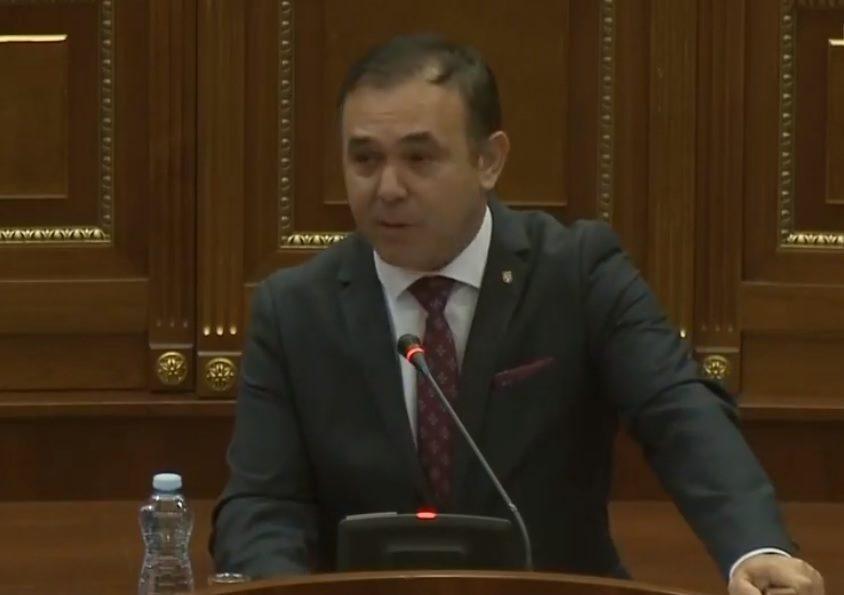 Selimi thotë se Thaçi përmes formimit të Qeverisë së re  do t ia zgjasë vetes mandatin